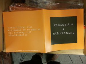 Our first Wikipedia in education broschure, also orange of course.