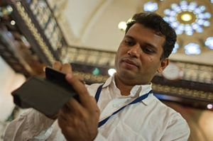 Knight Foundation supports expansion of access to Wikipedia via mobile