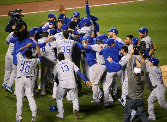 The Royals celebrate after winning the 2015 #WorldSeries.