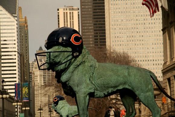 Lion_Chicago_Bears_Helmet