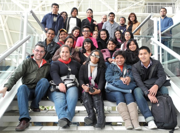 Group photo of participants of a Wikipedia workshop at the Universidad Veracruzana in 2013. Photo by Alberto Ramírez Martinell, CC BY-SA 3.0.